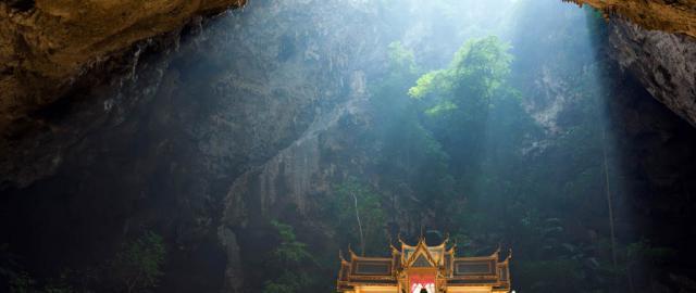 Wat Sam Roi